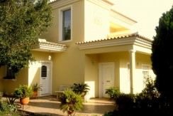 Quality Detached 5 bedroom villa located in a sought after area in the hills near S.Bras de Alportel