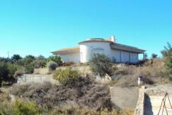 Unfinished villa in S. Bras, Mesquita