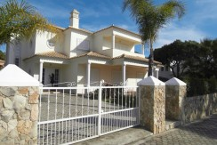 4 Bed Villa in Quinta das Salinas