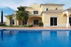 5 Bed Villa in Quartos, Almancil