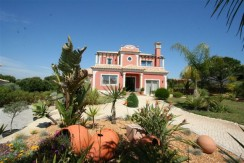 5 Bed villa in Font Algarve near Vale do Lobo