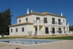 5 Bed Villa in Loule Hills