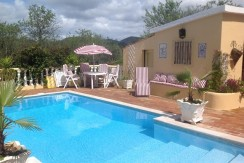 4 Bed Quinta in Amendoeira